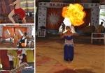 அந்தரத்தில் தொங்கும் சர்க்கஸ் தொழிலாளர்களின் வாழ்க்கை படங்கள் அபாசரவணக்குமார்