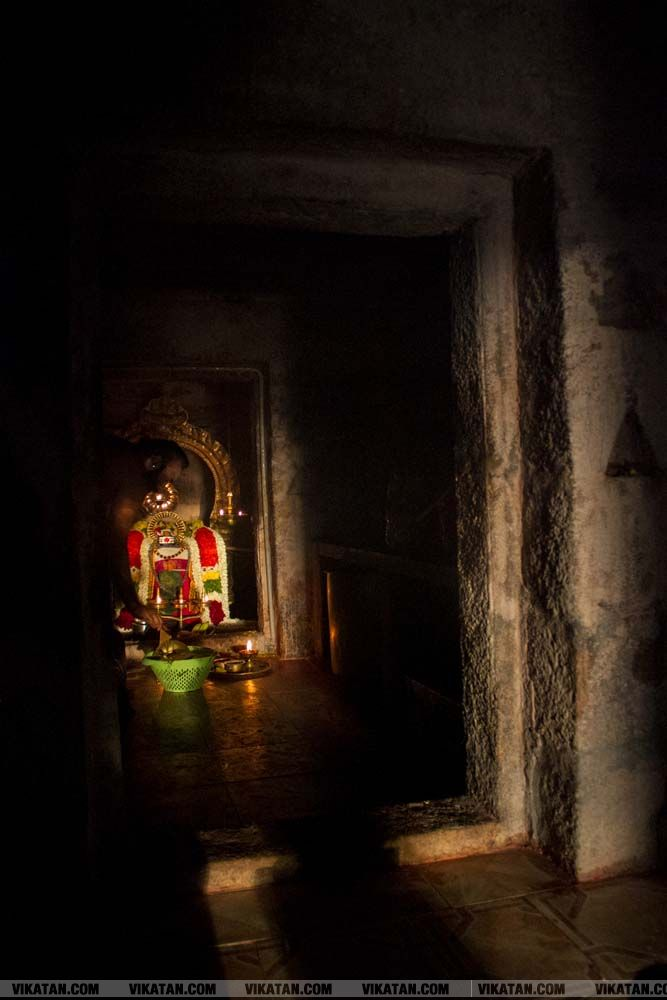 திருச்சி - காசி விஸ்வநாதர் ஆலயத்தில்  நடைபெறும் அதிசய சூரிய வழிபாடு நிகழ்வு... படங்கள் - தே.தீக்ஷித்