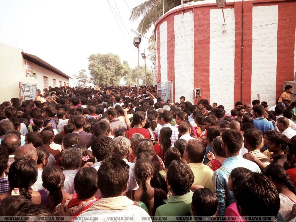 பவானி கூடுதுறை-காவிரி புஷ்கர விழா... படங்கள் - ர.ரகுபதி