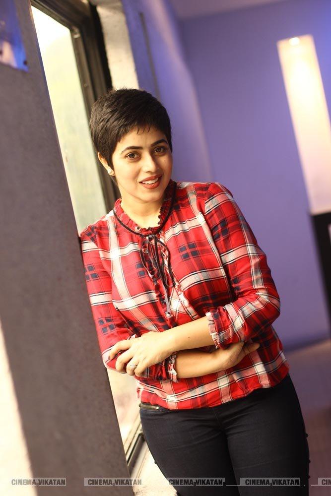 நடிகை பூர்ணா லேட்டஸ்ட் ஸ்டில்ஸ்.. படங்கள்: மீ.நிவேதன்
