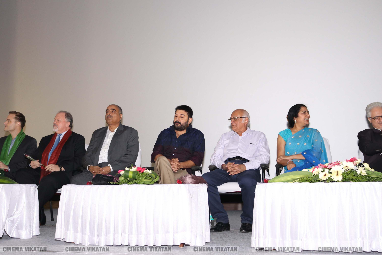 15 வது சென்னை சர்வதேசத் திரைப்பட விழா!    படங்கள் - பிரியங்கா.ப