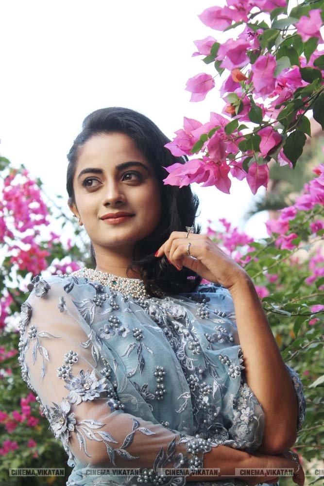 நமீதா பிரமோத்  லேட்டஸ்ட் ஸ்டில்ஸ் படங்கள்: இ.பாலவெங்கடேஷ்