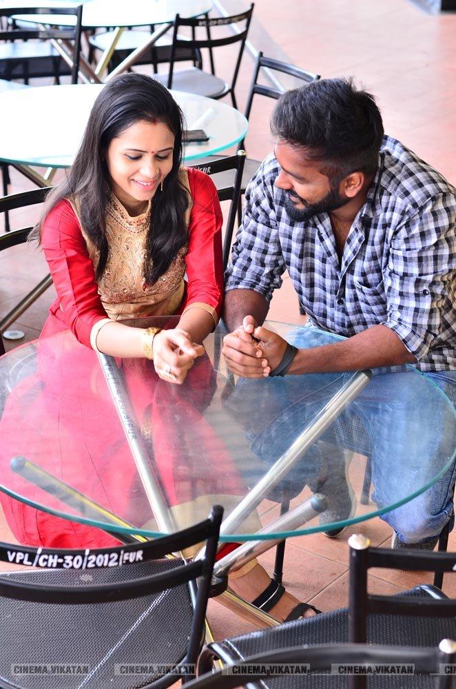 விஜே மணிமேகலை - ஹுசைன் லேட்டஸ்ட் போட்டோஸ்..! - படங்கள்:க.பாலாஜி