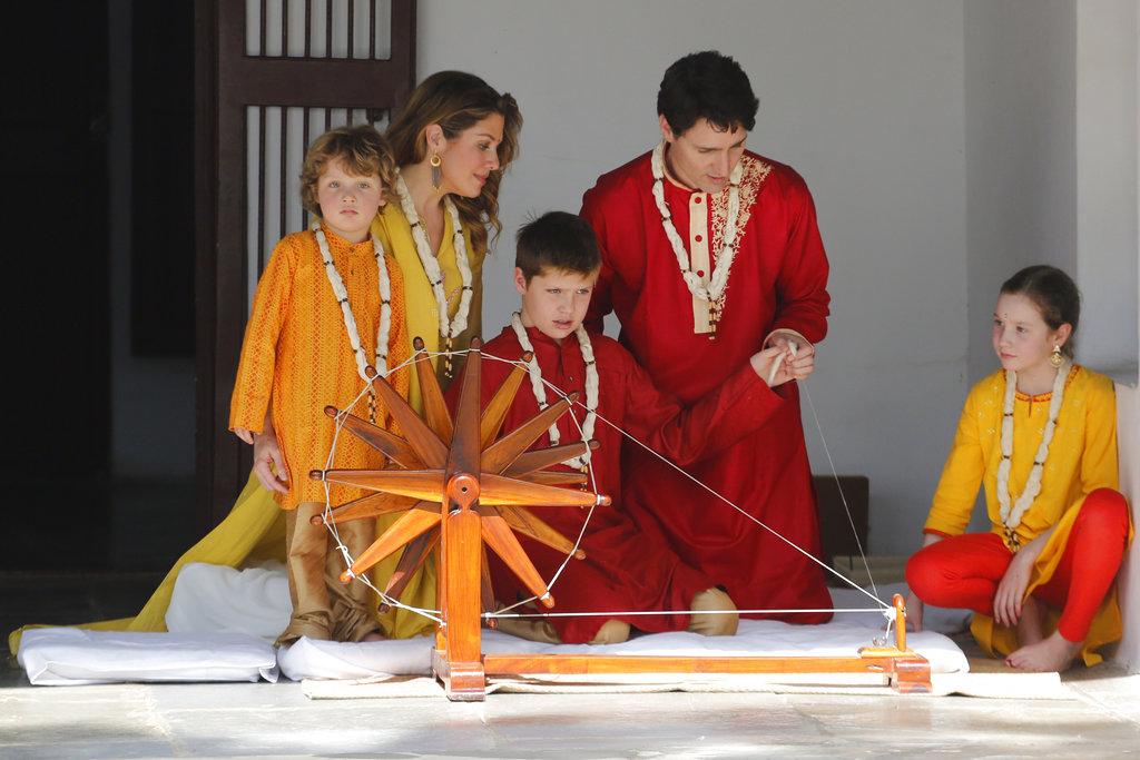 சென்ற இடத்தில் எல்லாம் சுட்டித்தனம் செய்த கனடா பிரதமரின் கடைகுட்டி!