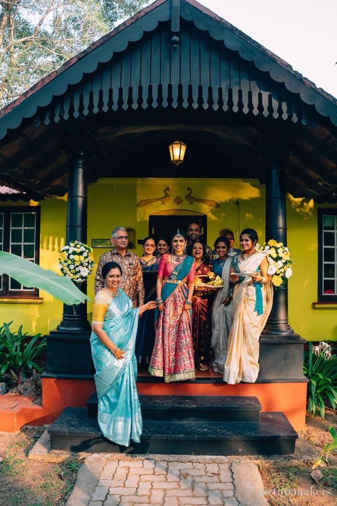 லட்சுமி ராமகிருஷ்ணன்  மகள் திருமண ஆல்பம்..!