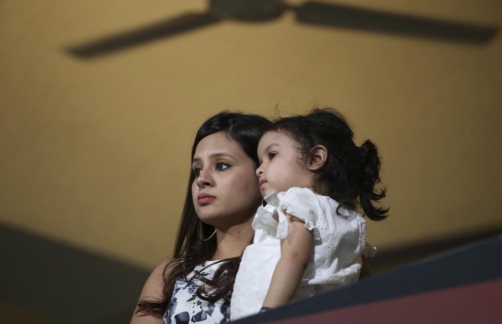தோனியின் சிக்ஸர்கள், அம்பதி ராயுடுவின் விளாசல்... CSK-ன் வின்னிங் மொமன்ட்ஸ்! #RCBvCSK