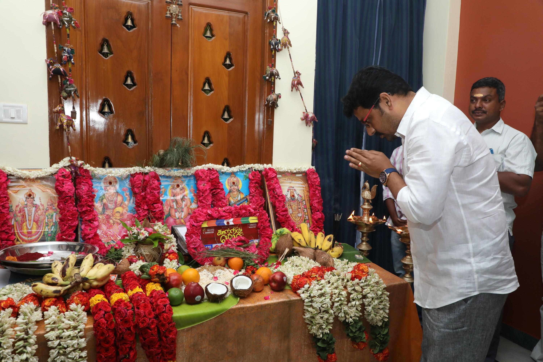 ஜோதிகா நடிக்கும் 'காற்றின் மொழி' படத்தின் பூஜை..!
