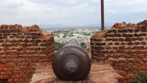 17-ம் நூற்றாண்டைச் சேர்ந்த திண்டுக்கல் கோட்டை... சிறப்பு படங்கள்: ம.விக்னேஷ்