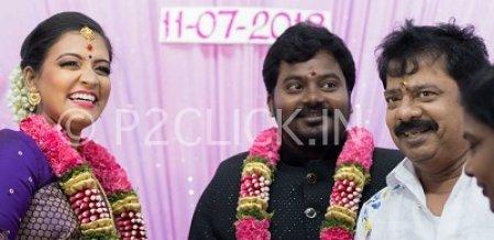 திரைப்பிரபலங்கள் கலந்து கொண்ட நடிகர் பாண்டியராஜன் இல்லத் திருமணம்!