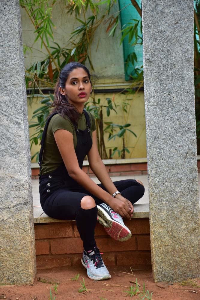 காலா 'புயல்' அஞ்சலி பாட்டில் ஸ்டில்ஸ்.. படங்கள்: பா.காளிமுத்து... படங்கள் - பி.காளிமுத்து