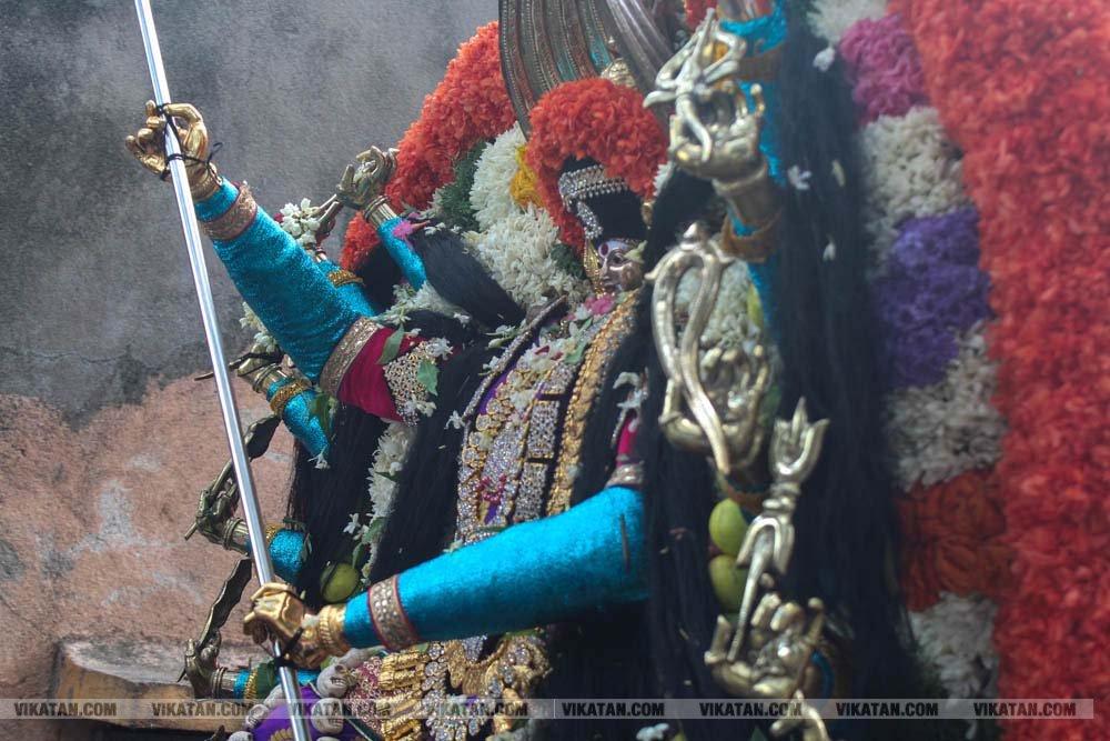புதுச்சேரி, தொன்டமனத்தம் ஸ்ரீ பிடாரி மீனாட்சி அம்மன் கோயில் தேரோட்டம்... படங்கள்: கு. பிரதீபன் பெர்னியர்