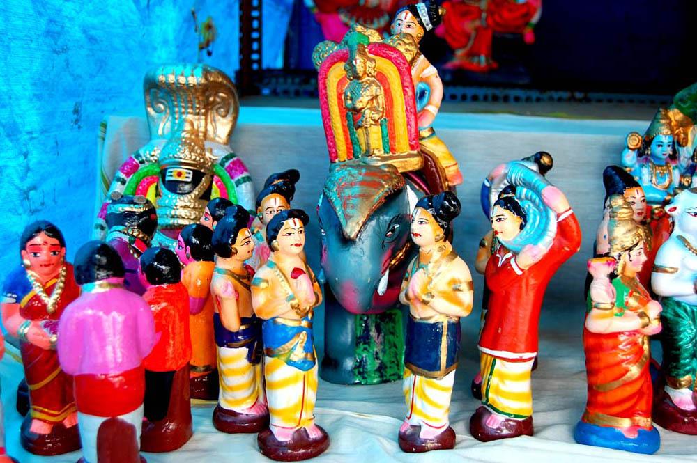 நவராத்திரி கோலாகலம்... கண்ணைக் கவரும் கொலு பொம்மைகள்... படங்கள்: ரா.ராம்குமார்,