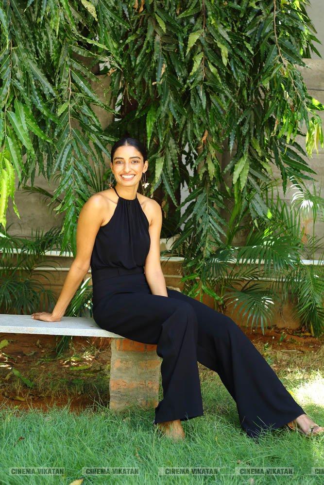 டயானா எராப்பா லேடஸ்ட் ஸ்டில்ஸ்.... படங்கள்:ப.சரவணகுமார்