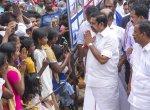 கஜா புயல் பாதித்த பகுதிகளில் முதல்வர் விசிட்... படங்கள்: க.சதீஷ்குமார்தே, தீட்ஷித்