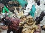 பழனியில் குடியேறியுள்ள ராஜஸ்தான் மக்களின் கைவண்ணத்தில் விற்பனைக்காக தயாராகும் கலைப்பொருட்கள்!... படங்கள்:  - துர்க்கீஸ்வரி வெ