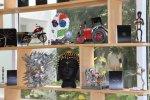 தேவையற்ற பொருள்களில் தயாரிக்கப்பட்ட அழகு சிலைகள் சென்னையில் ஹூண்டாய் கண்காட்சி படங்கள் ராகேஷ் பெ