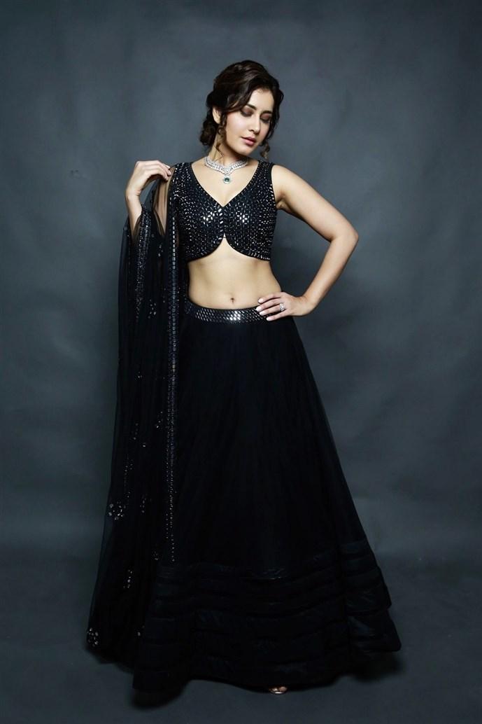 ராஷி கண்ணா போட்டோஷூட் ஸ்டில்ஸ்