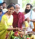 விஜய் ஆண்டனி சத்யராஜ் ஜெய் ஈஸ்வரி ராவ் நடிப்பில் உருவாகும் காக்கி பட பூஜை