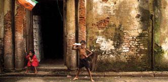 ஆண்பால் பெண்பால் அன்பால் - 46
