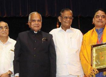 சரிகமபதநி டைரி - 2017