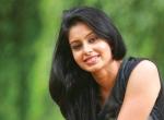 'நாங்க மூணு பேரும் சேர்ந்தா டான்ஸ் ஆடியே டயர்ட் ஆகிடுவோம்!' - நடிகை அபிநயா