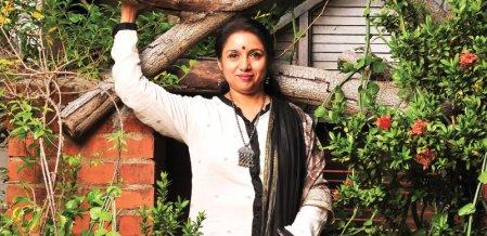 மஹி - தத்தெடுத்த குழந்தையில்லை... நான் பெற்றெடுத்த குழந்தை! - நடிகை ரேவதி