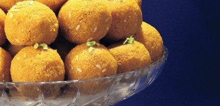 டேஸ்ட்டி & ஹெல்த்தி - 30 வகை ஸ்பெஷல் லட்டு ரெசிப்பி!