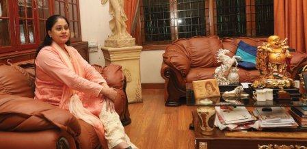 80'ஸ் எவர்கிரீன் நாயகிகள் - 5 - பயம்கிறதே என் அகராதியில் இல்லை!