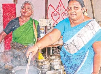 ஹோட்டல் ரிவ்யூ: மண்பானை சமையல்... மணக்கும் பிரியாணி!