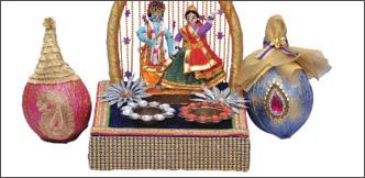 ஆரத்தி தட்டு, சீர்வரிசை தட்டு... ஆஹா, அட்டகாசம்!