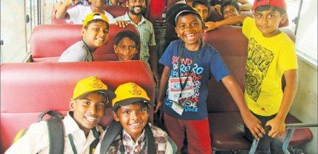விசிட்-1: வண்டலூருக்கு வந்த வனத்தூதர்கள்!