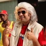 சொந்தமாக ராக்கெட் விடுவாரா பிரேம்ஜி அமரன்!