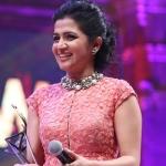 டிடி, கோபிநாத், ரம்யா உட்பட விஜய் டிவி விருது பெற்றவர்கள் பட்டியல் !