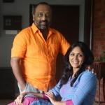 'காலேஜ்ல என் பெயர் 'பழம்'ங்க' - கலகலக்கும் தேவதர்ஷினி!