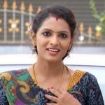'நிஜத்தில் கவிதா ரொம்ப டெரர்!'  - 'பிரியமானவள்' நிரஞ்சனி!
