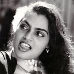 நடிகை.. நாயகி.. மனுஷி! #சில்க் ஸ்மிதா