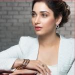 'ரஜினி கூட நடிக்கணும்...ஆனா ஒரு கண்டிஷன்!' - பிஸி கேர்ள் தமன்னா #VikatanExclusive