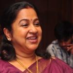 'புடவை எப்பவும் பெஸ்ட் சாய்ஸ்!' - ராதிகாவின்  ஸ்டைல் சீக்ரெட்
