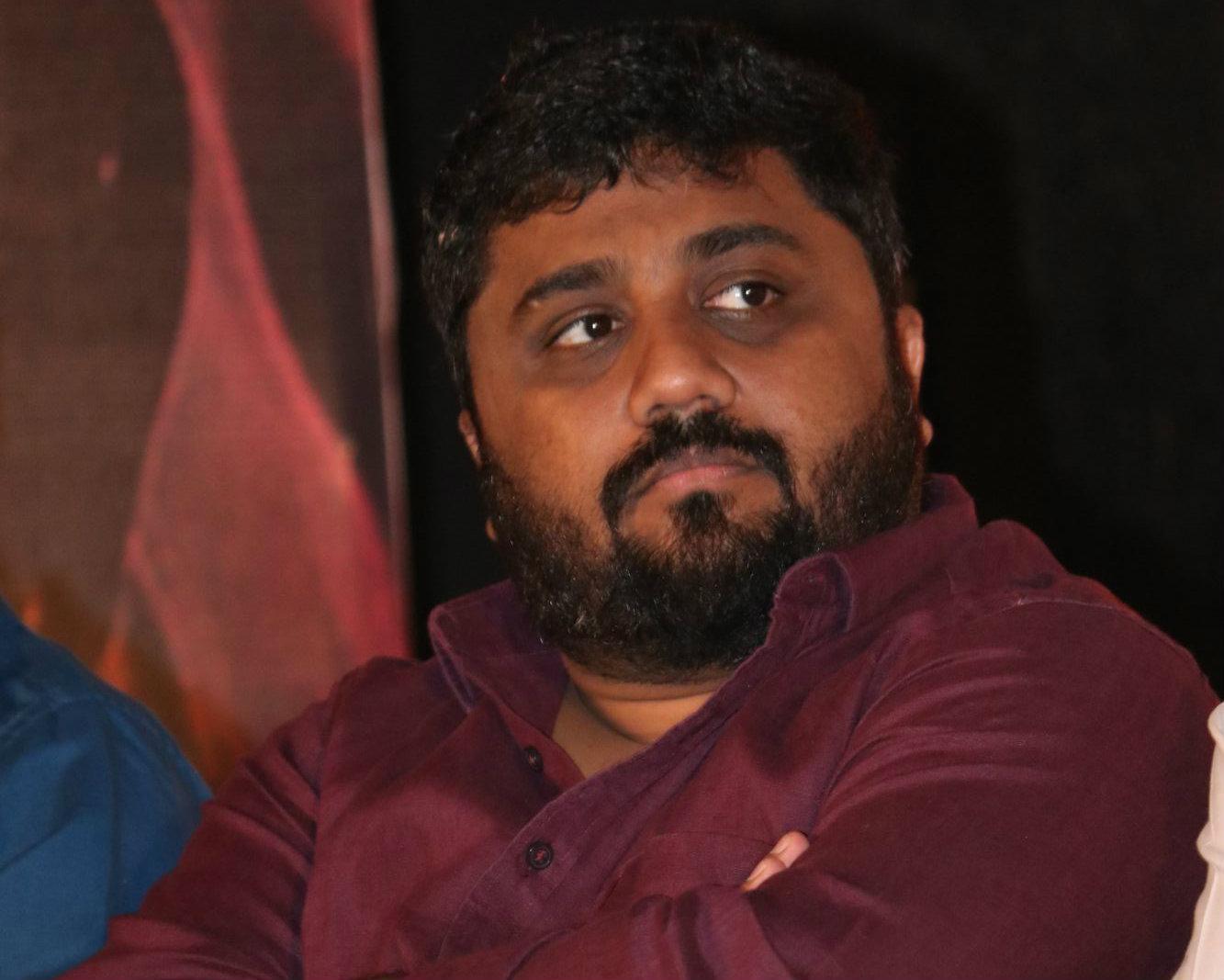 ஞானவேல் ராஜா தமிழ் ராக்கர்ஸ் மோதல்