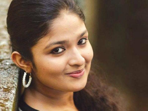 சீரியல் நடிகை நிகிதா ராஜேஷ்