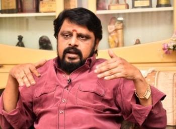 'கைல உலக சினிமா... விகடன்ல 60 மார்க்..!' - பரபர விக்ரமன் #VikatanExclusive