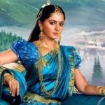 டியர் ஆண்களே... 'பாகுபலி' தேவசேனா  உங்கள் அருகில்தான் இருக்கிறாள். உணர்ந்திருக்கிறீர்களா?