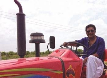"""""""இந்த அரசுகளின் தோல்விக்கு அந்த ஒரு விஷயமே சாட்சி!'' - 'இயற்கை விவசாயி' பிரகாஷ்ராஜ் #VikatanExclusive"""