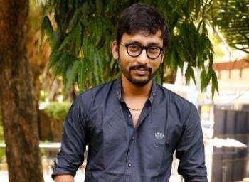 'முதல்வர் மாறிட்டா, எல்லாம் சரியாகிடுமா?' - அரசியல் வித் ஆர்.ஜே.பாலாஜி