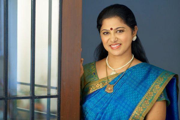நடிகை கல்யாணி நடராஜன்