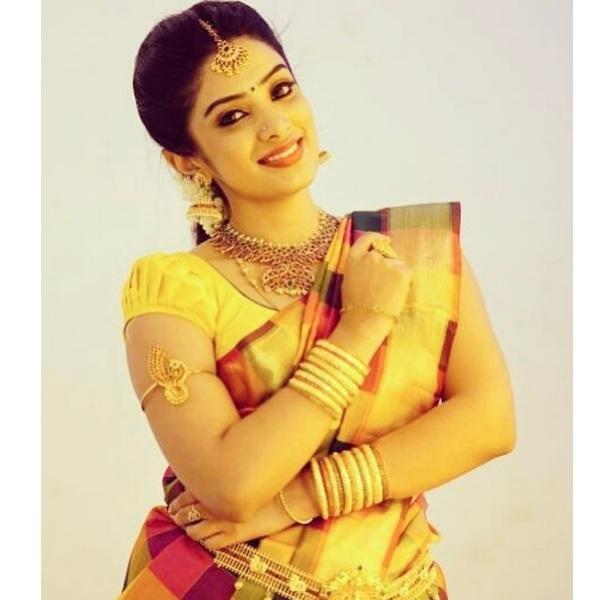 தியா மேனன்