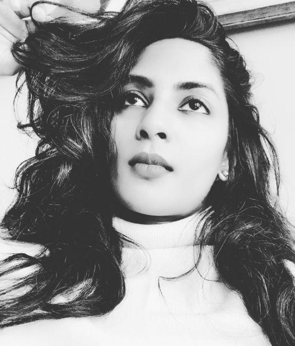 நடிகை ஸ்ரேயா ரெட்டி