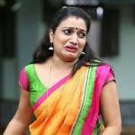 ''எனக்கும் அந்த நடிகைக்கும் எந்த விரோதமும் இல்லை!'' - நடிகை வழக்கில் சிக்கிய பாடகி