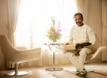 வைரமுத்து.. ஒரு காதல்.. ஒரு பதில்.. ஓர் உதாரணம்! #HBDVairamuthu