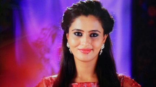 நடிகை நேஹா